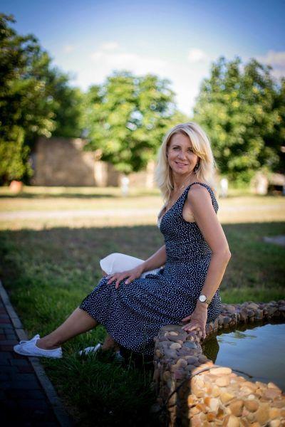 Treffen Sie Elena, eine ukrainische Frau, Odessa, 52 Jahre